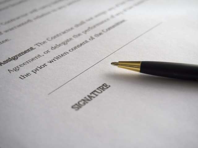 signature line on legal form